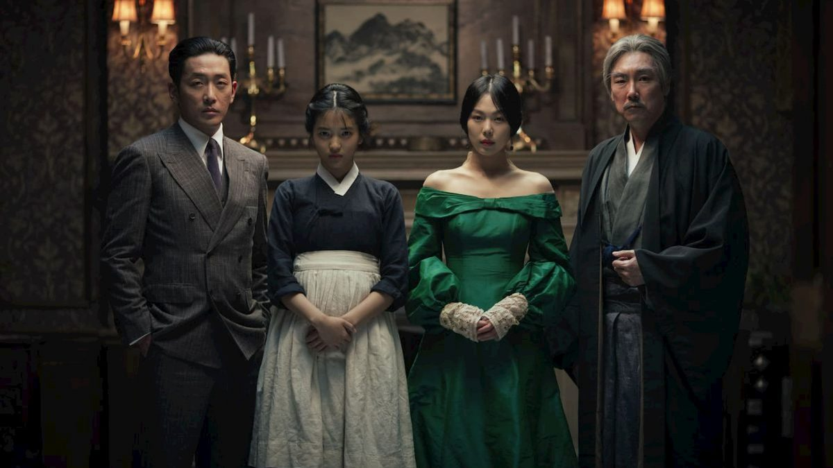 The Handmaiden /Ah-ga-ssi / 아가씨 (Chan-wook Park, 2016), Artificial Eye, South Korea, D-Cinema, 144 minutes, Lady Hideko (Min-hee Kim), Sook-Hee (Tae-ri Kim), Count Fujiwara (Jung-woo Ha)